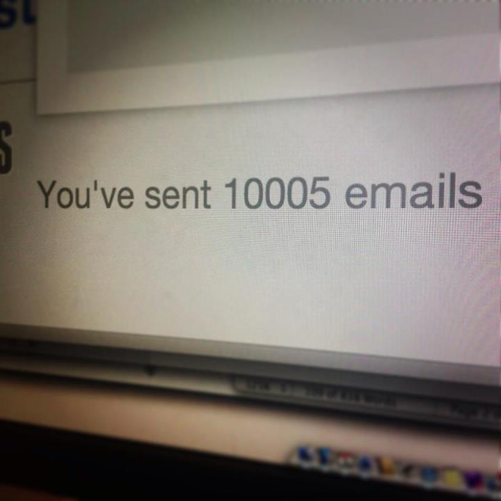 10,000 Emails