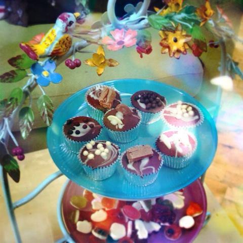 Tea & cakes with Sarah Green