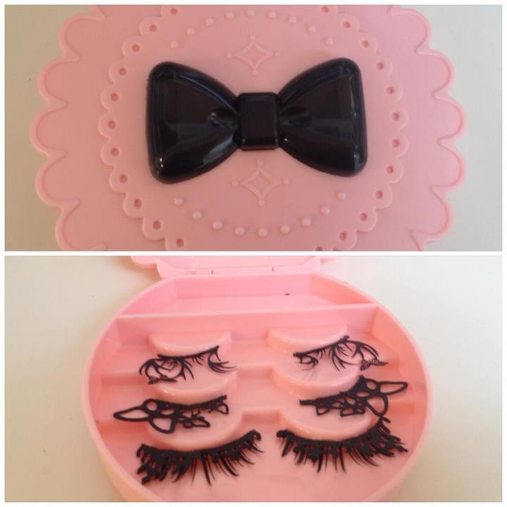 Found the cutest little case to keep my paper cut lashes in!
